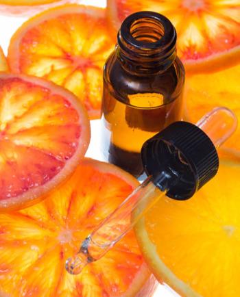 Γιατί η Βιταμίνη C είναι ένα πανίσχυρο συστατικό αντιγήρανσης