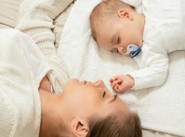 Πώς να αποφύγετε τις ατέλειες προσώπου μετά την εγκυμοσύνη