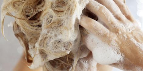 Μαλλιά χωρίς Όγκο: το κατάλληλο σαμπουάν