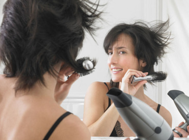 3 λάθη που κάνετε, αν έχετε λεπτά μαλλιά