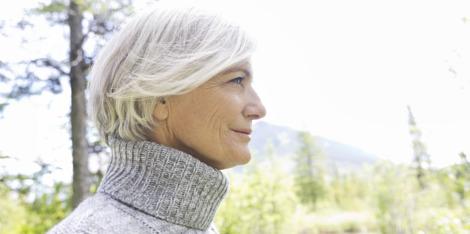 5 Τρόποι για να μειώσετε το στρες στην εμμηνόπαυση