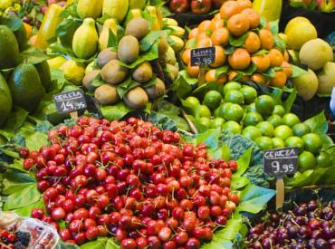 Ποια φρούτα κάνουν καλό στην επιδερμίδα