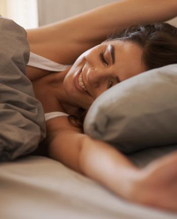 5 Συμβουλές για πιο εύκολο & υγιεινό πρωινό ξύπνημα
