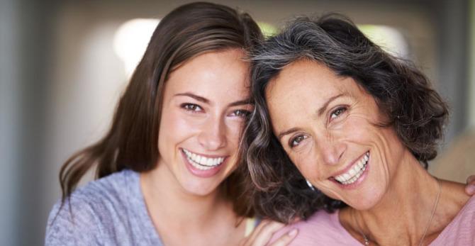 3 Συμβουλές για τη μαμά για λαμπερή επιδερμίδα