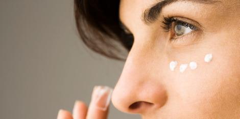 Τα οφέλη του υαλουρονικού οξέος στα μάτια