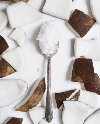 5 τρόποι να προσθέσετε το λάδι καρύδας στη διατροφή σας